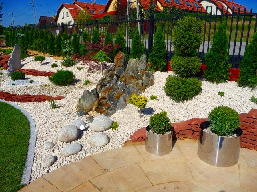 Grysy ozdobne w ogrodzie